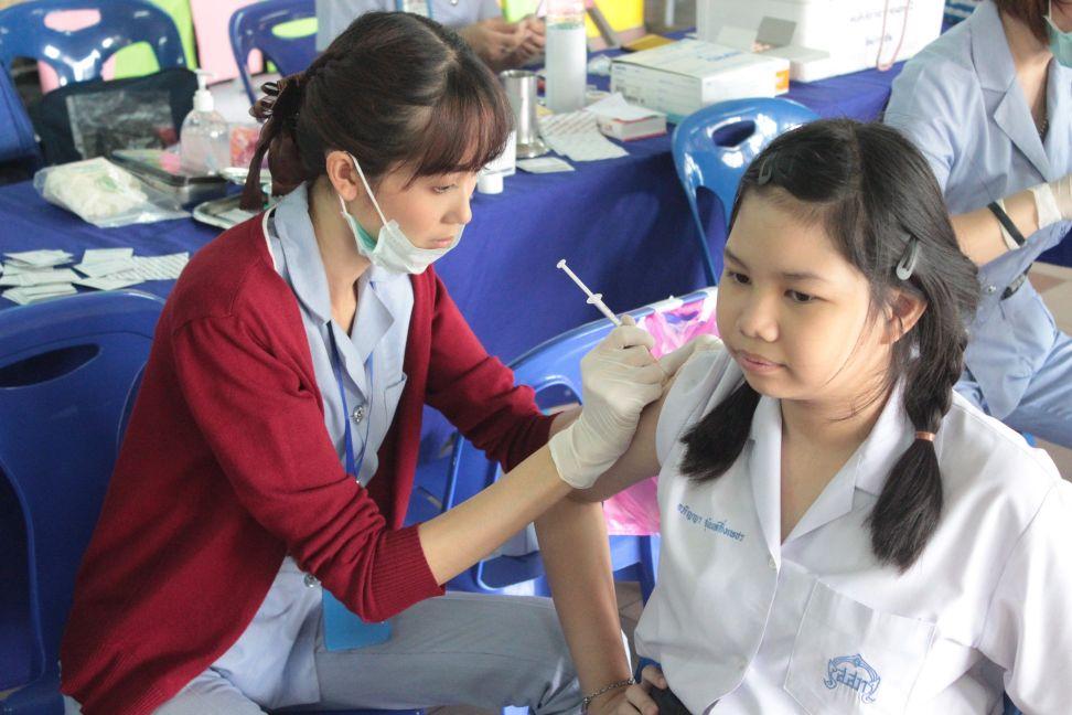 ฉีดวัคซีนป้องกันโรคบาดทะยัก คอตีบ